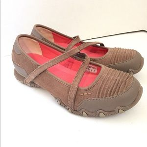 Skechers Taupe Leather Relaxed Fit Mary Jane